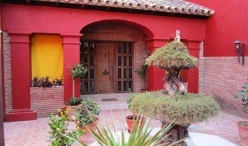 Fantastic Villa With Roman Design Located In Sotogrande Alto