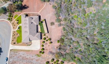 Ojai Montgomery Estates