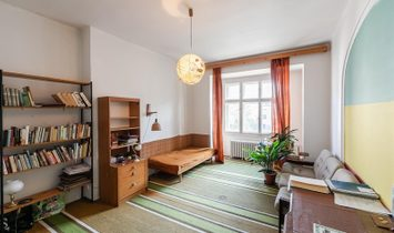 Hanspaulka Terraced House