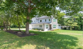 Gorgeous Complete Renovation On Fenced Corner Lot In Oak Grove