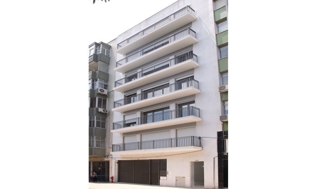 Duplex - T5 - For Sale - Arroios, Lisbon