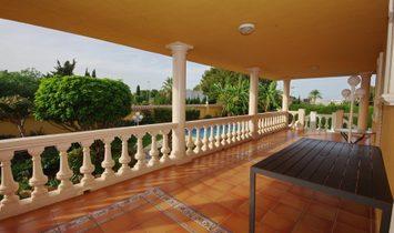 Villa in Denia Yacht Club area