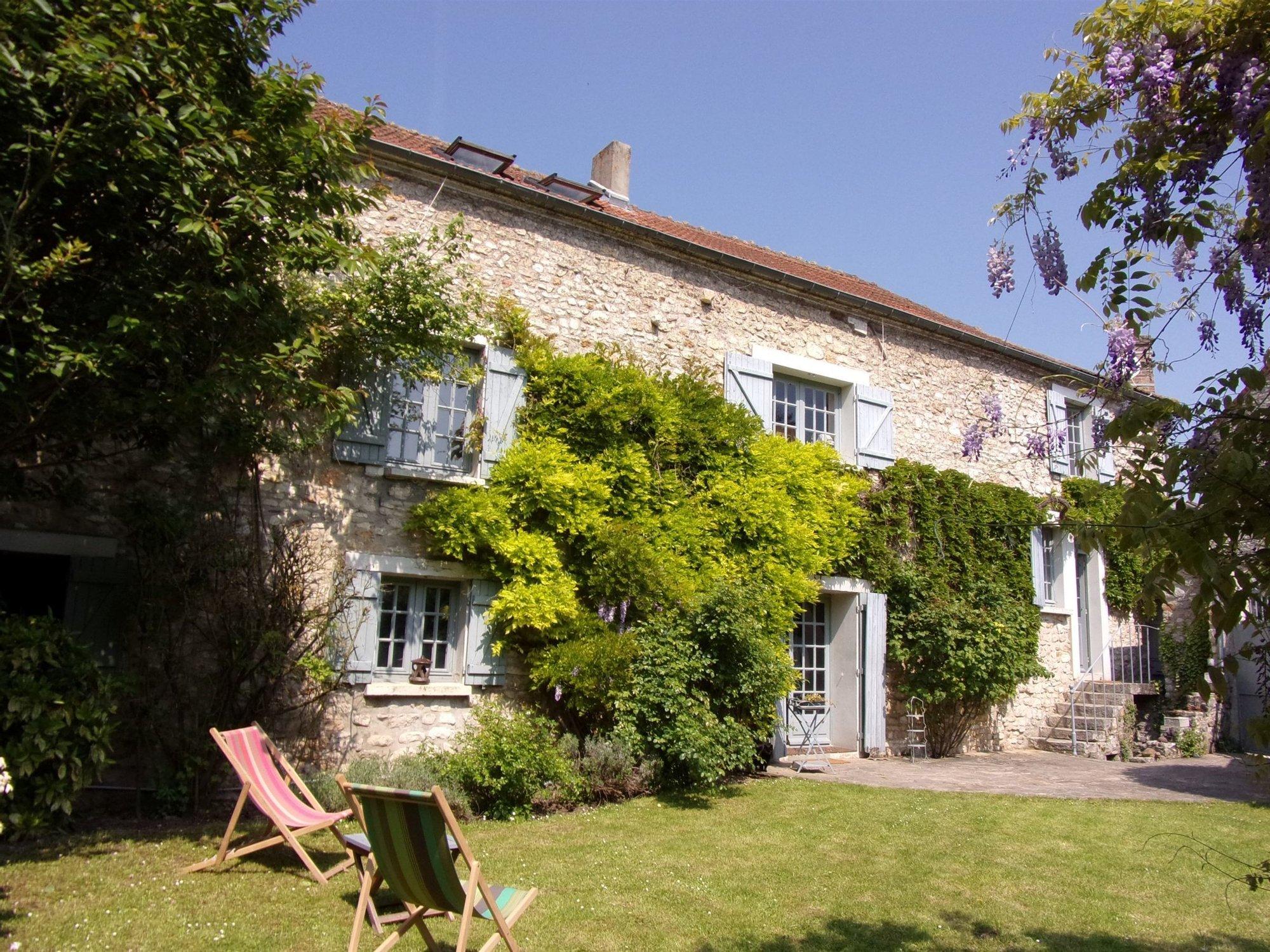 Home St Germain En Laye luxury xvii ith century property to 15 kms from saint germain en laye