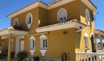Villa a Benalmádena, Andalusia, Spagna 1