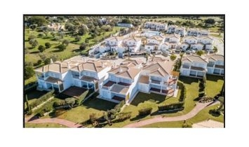 House V3+1 in Vilamoura with mountain view