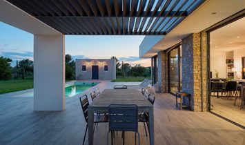 Nimes Modern Villa With Pool And Jacuzzi
