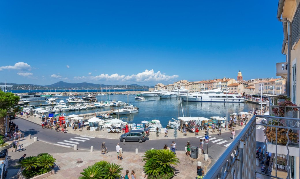 Beautiful Apartment On The Port Of Saint Tropez With Sea View