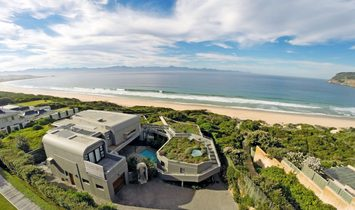Robberg Beach Front