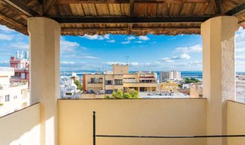 Lordly Mallorquin house with beautiful views to Palma's Bay