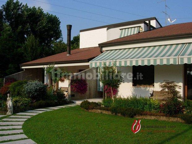 Villa in Isola della Scala, Veneto, Italy 1
