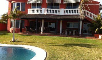 Villa a Torremolinos, Andalusia, Spagna 1