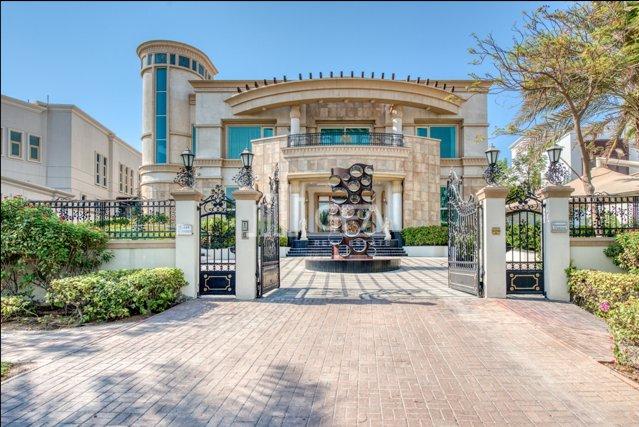 House in Dubai, United Arab Emirates 1