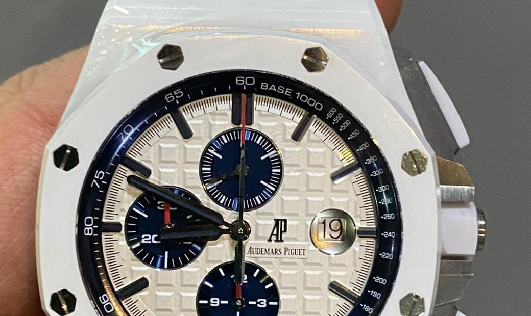 Audemars Piguet [2014 LIKE-NEW] 26402CB Royal Oak Offshore Chronograph White Ceramic Watch