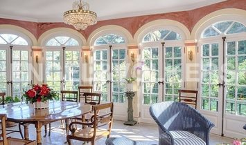 Emblematic Property In Sintra