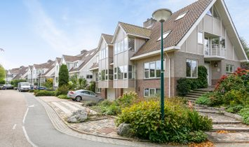 Clinckenburgh 2  2343 JH OEGSTGEEST