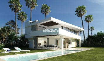 Plot  for sale in Selwo, Málaga