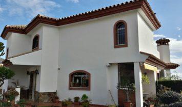 Lovely Detached  villa in Benalmadena Pueblo, near the center