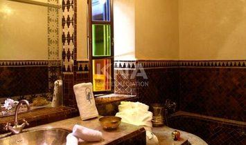 Magnifique Riad idéalement situé en plein cœur de la Médina de Marrakech à la location courte durée