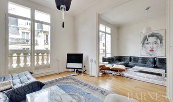 Sale - Apartment Paris 15th
