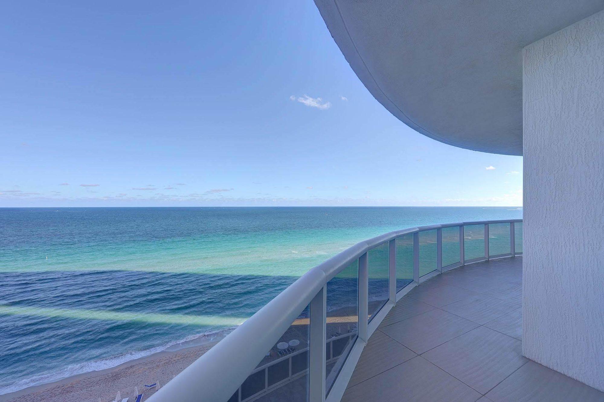 Apartment in Golden Beach, Florida, United States 1 - 10852358