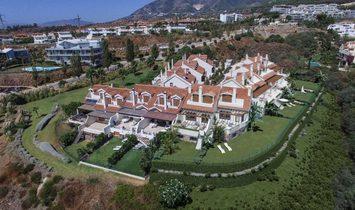 Townhouse  for sale in Benalmadena, Málaga
