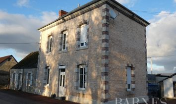 House in La Falaise, Île-de-France Region, France