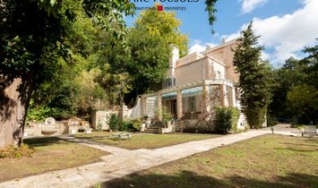 Estate in Jouy-en-Josas, Île-de-France Region, France