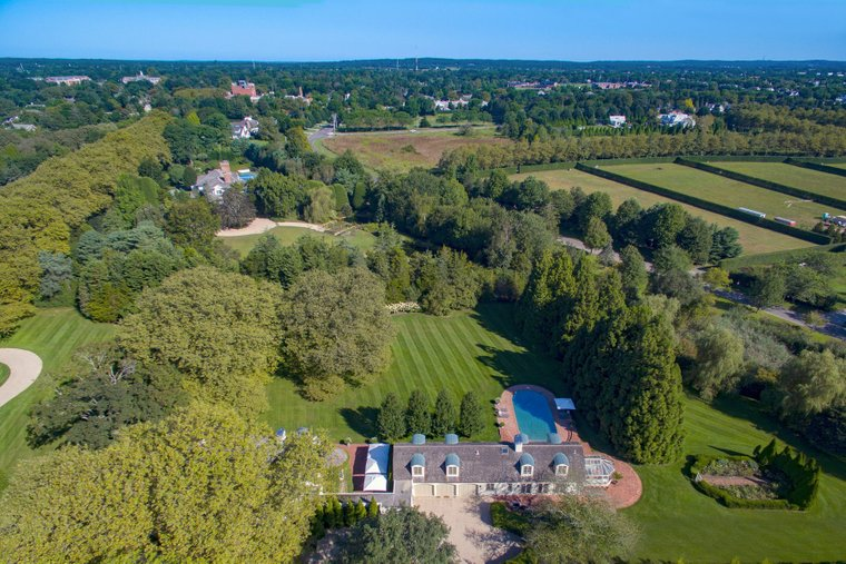 Exquisite Landscape On Wyandanch Lane In Southampton Ny United States For Sale 10648826