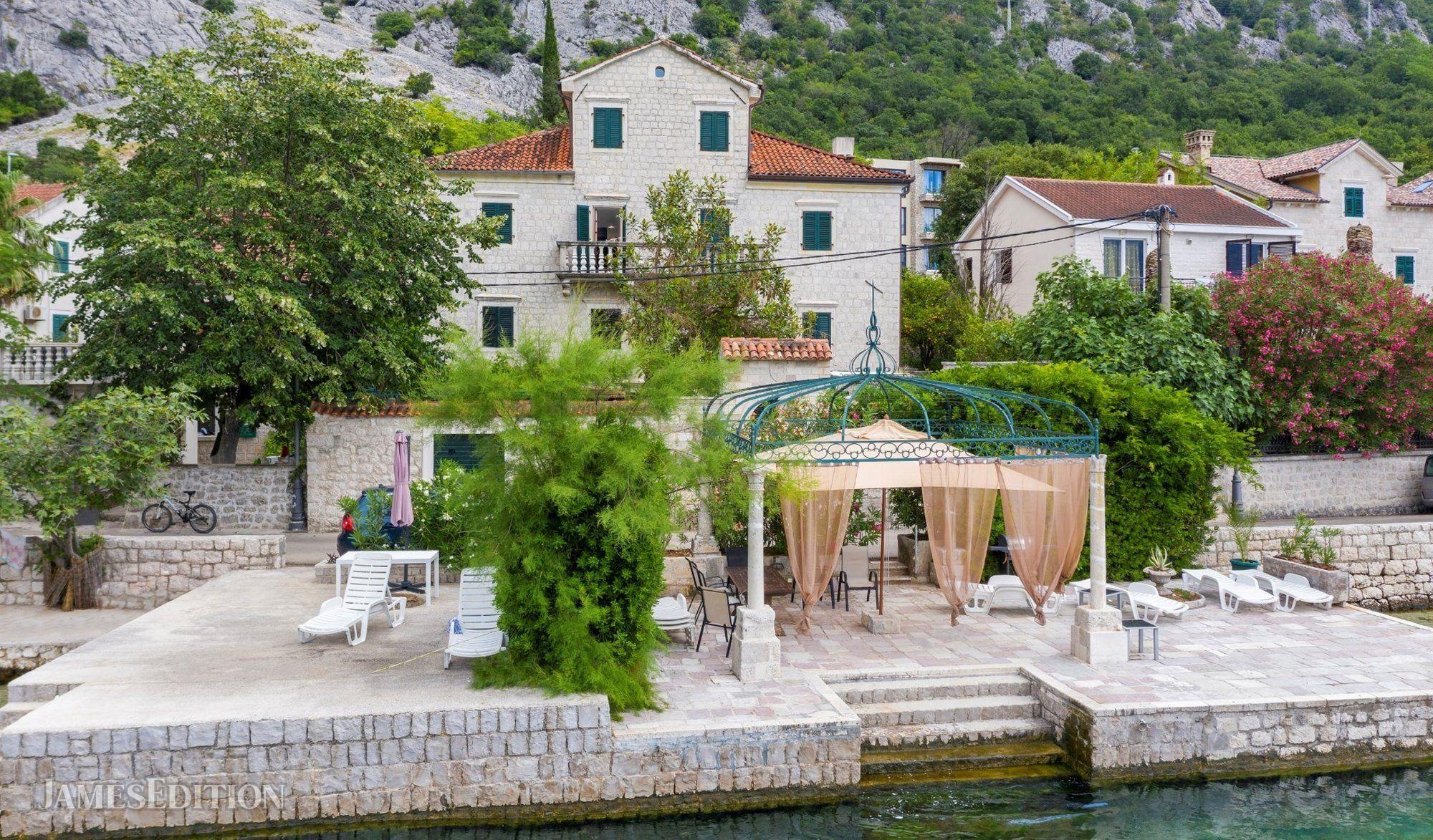 Apartment in Dobrota, Kotor Municipality, Montenegro 1