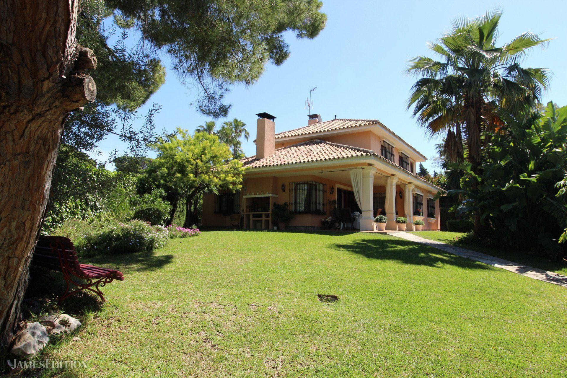 Villa in Marbella, Andalusia, Spain 1 - 10883634