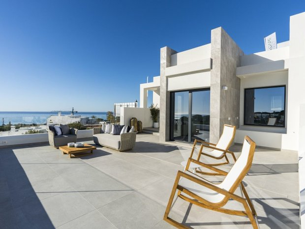 Apartment in Playa de Cabopino, Andalusia, Spain 1