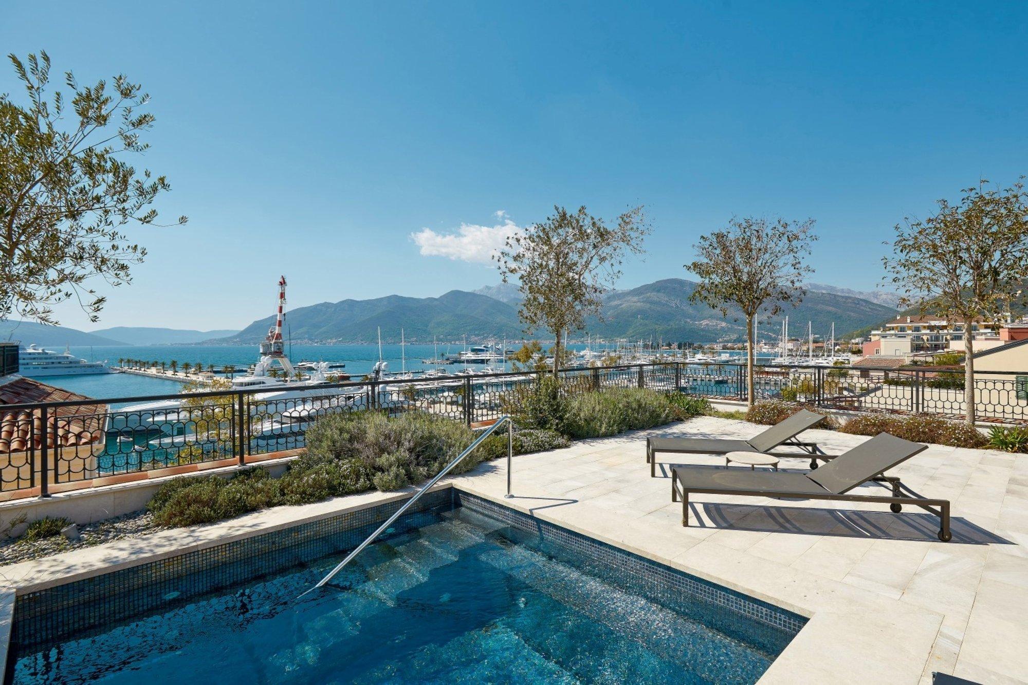 Apartment in Tivat, Tivat Municipality, Montenegro 1