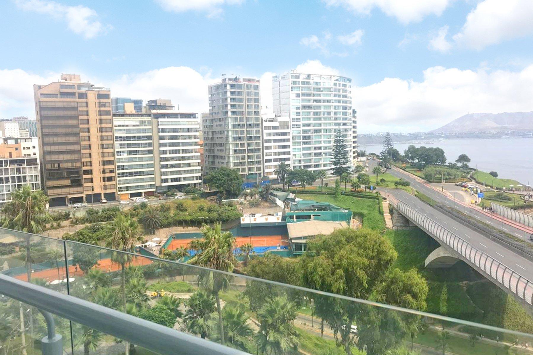 Apartment in Urb Jose Balta, Metropolitan Municipality of Lima, Peru 1