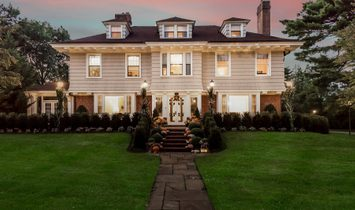 House in Garden City, New York, United States 1
