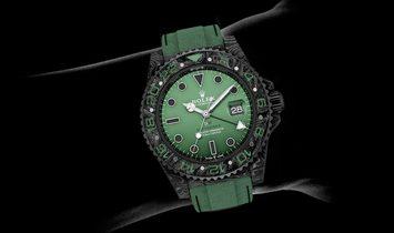 "Rolex DiW NTPT Carbon GMT-Master II ""Hunter"" (Retail: US$38,990)"