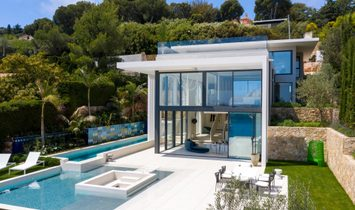 Villa in Nice, Provence-Alpes-Côte d'Azur Region, France
