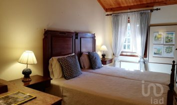 7 bedrooms Farmhouse for Sale