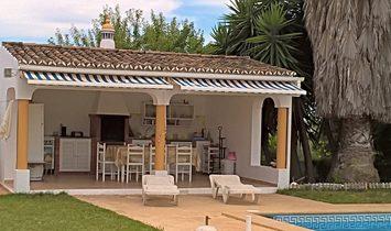 Traditional Country Villa for sale in Loule Boliqueime | Algarve Portugal