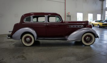 1936 Packard 120