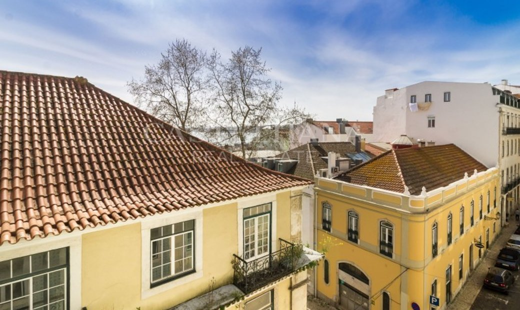 Apartment 4 Bedrooms +1 For sale Lisboa