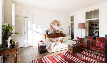3+3 bedroom apartment facing river and close to Chiado.