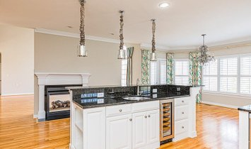 Transitional, Single Family - Glen Allen, VA
