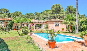 Sale - Villa Sainte-Maxime