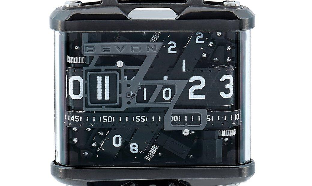 Devon Devon Tread1E Watch 847339004312