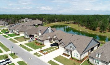 Pristine Home With Lake And Preserve Views