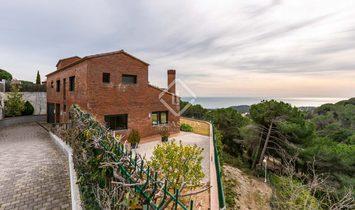 sant vicenç de montalt House / Villa