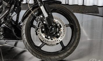 2017 Harley-Davidson Breakout CVO