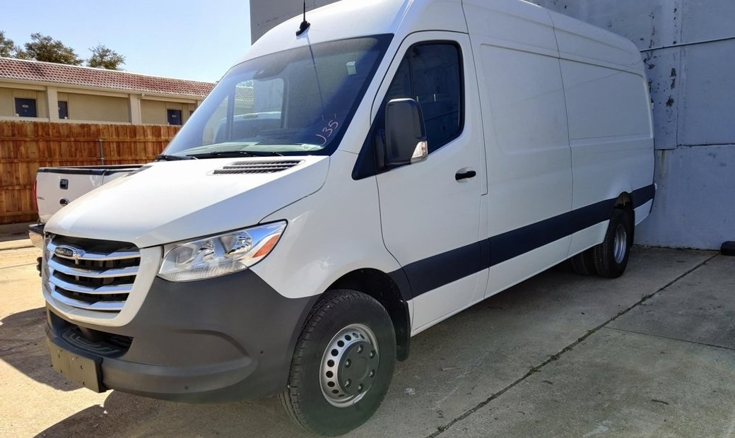 2019 Freightliner Sprinter 4500 High Roof