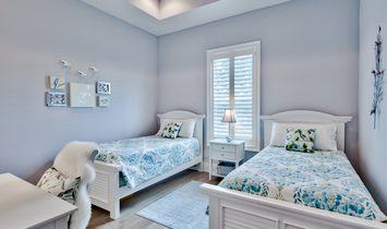 Beautiful Cottage South Of 30 A On Large Lot With Carriage House