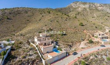 House  for sale in Benalmadena, Málaga